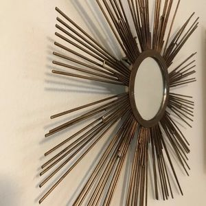 GOLDEN RAYS MIRROR Accent Vintage Style Wall Art